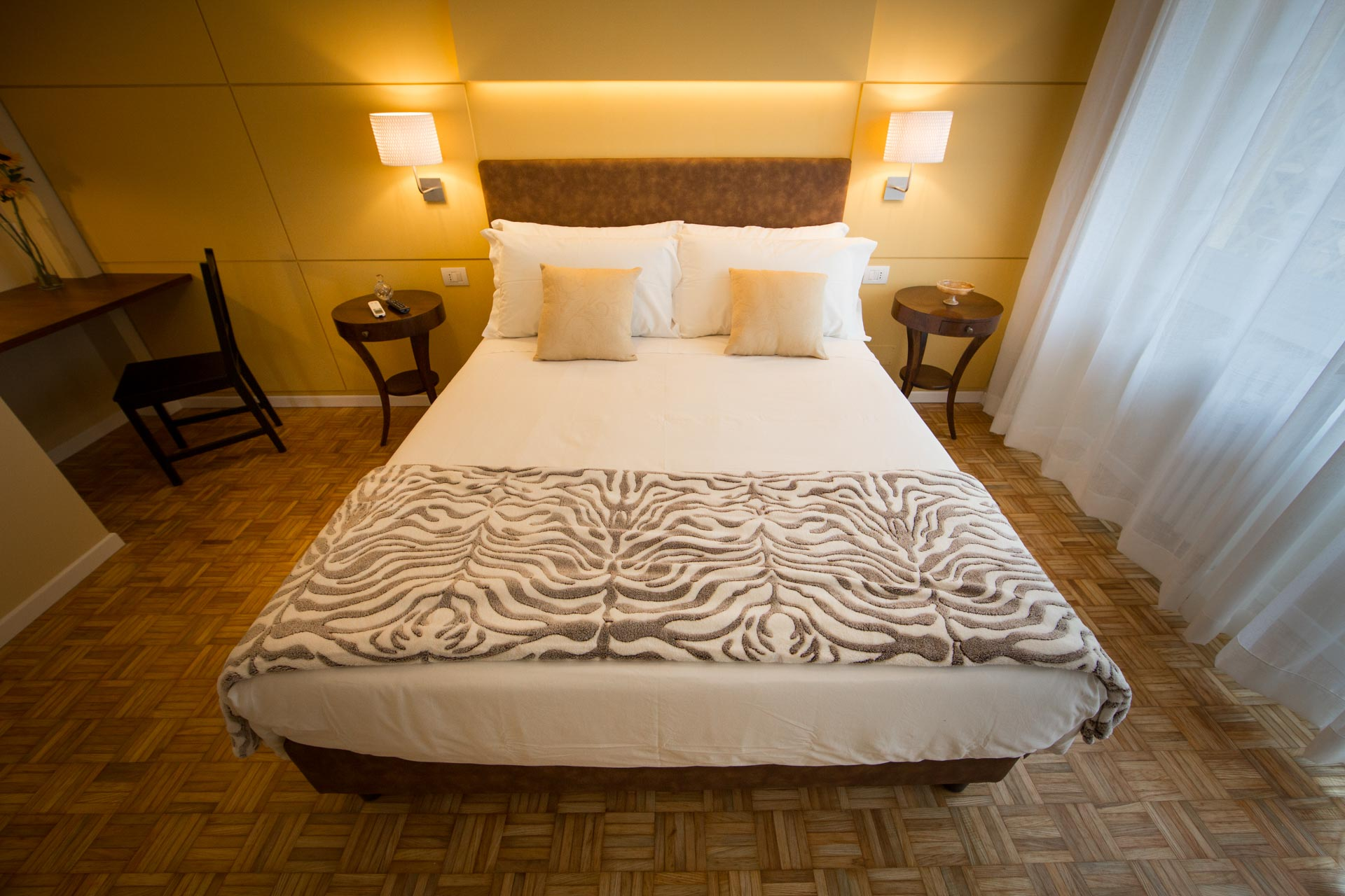 bed-and-breakfast-rome-Mediterranean-lounge-room-1