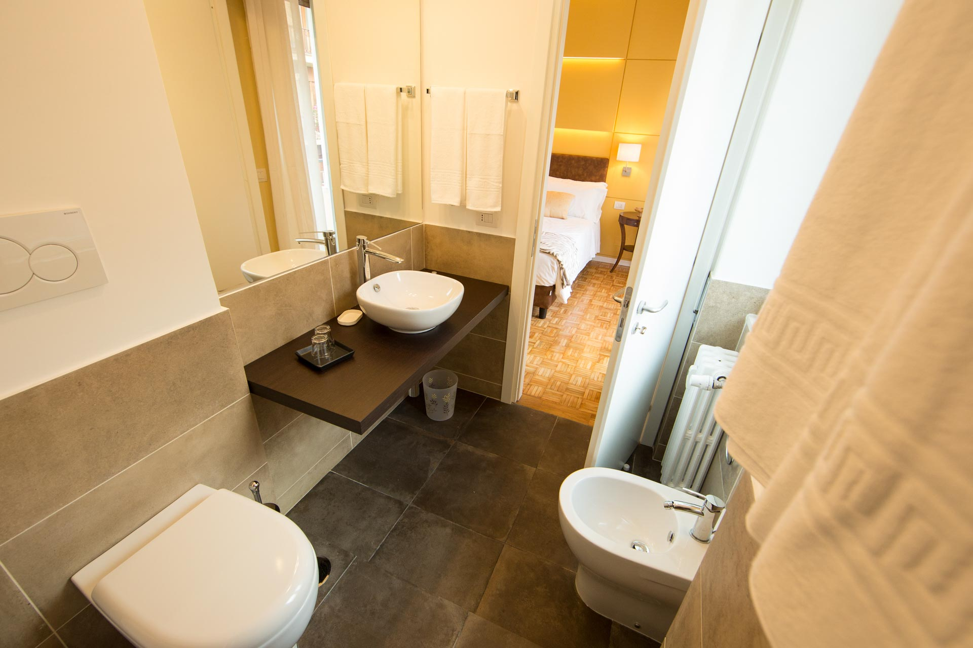 bed-and-breakfast-rome-Mediterranean-lounge-room-9