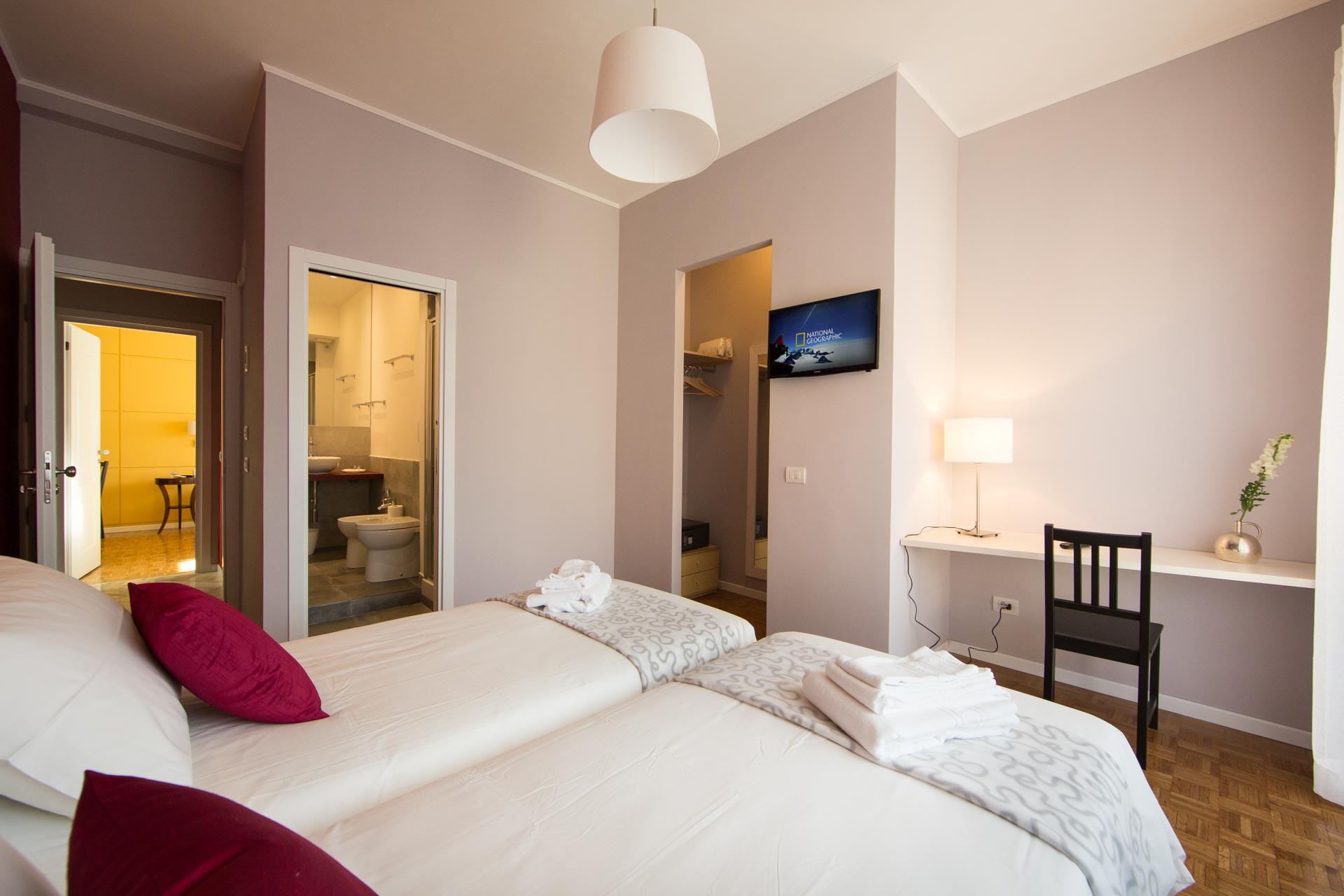 bed-and-breakfast-rome-Vestalia-room-edit